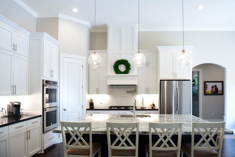 Custom Kitchen Design wit shaker full overlay cabinet doors